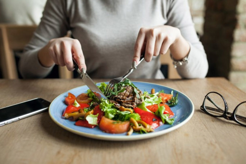 EAT SATISFYING MEALS DAILY ON TIME AND AVOID SNACKING